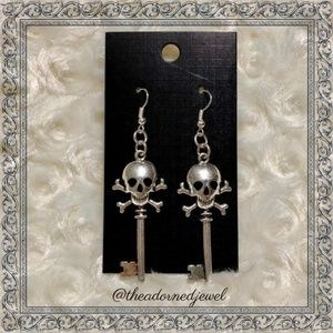 Skeleton Key Fashion Dangle Halloween Earrings